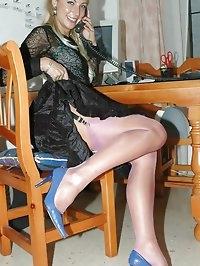 Beauty has sexy legs in stockings