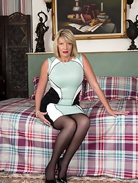 54 year old Amy Goodhead is a British mom with attitude!..