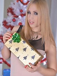 Jingle Her Bell - Blonde Teen Hardcore Fucked on XXXmas