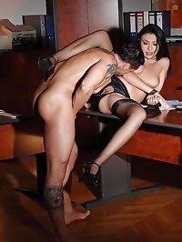 Samy Omidee gets her hot ass fucked