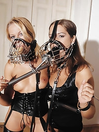 Young babes Luisa & Renata in latex