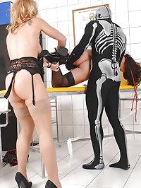 Alysa, Kat naughty sexual thriller