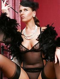 Glamour Lady Diana - Vintage Style