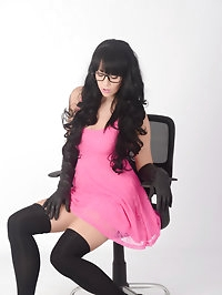 Sexy Secretary Sammi Jo is dressed in a lovely pink dress,..