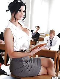 Jasmine Jae Pictures in Giving Teacher the D