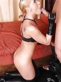 Dominatrix Kathia gives blowjob!