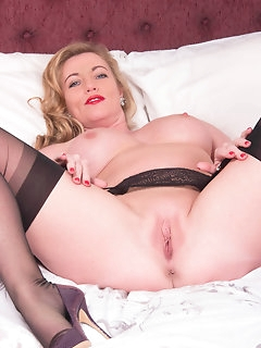 Kinky Nylon Porn