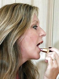 MILF Nylon Porn