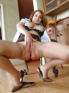 Anilos Nylon Porn