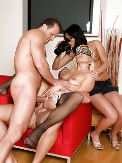 Group Sex Nylon Porn