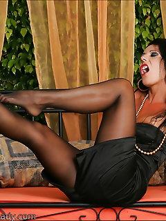 Lady Nylon Porn