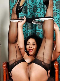 Ebony Nylon Porn